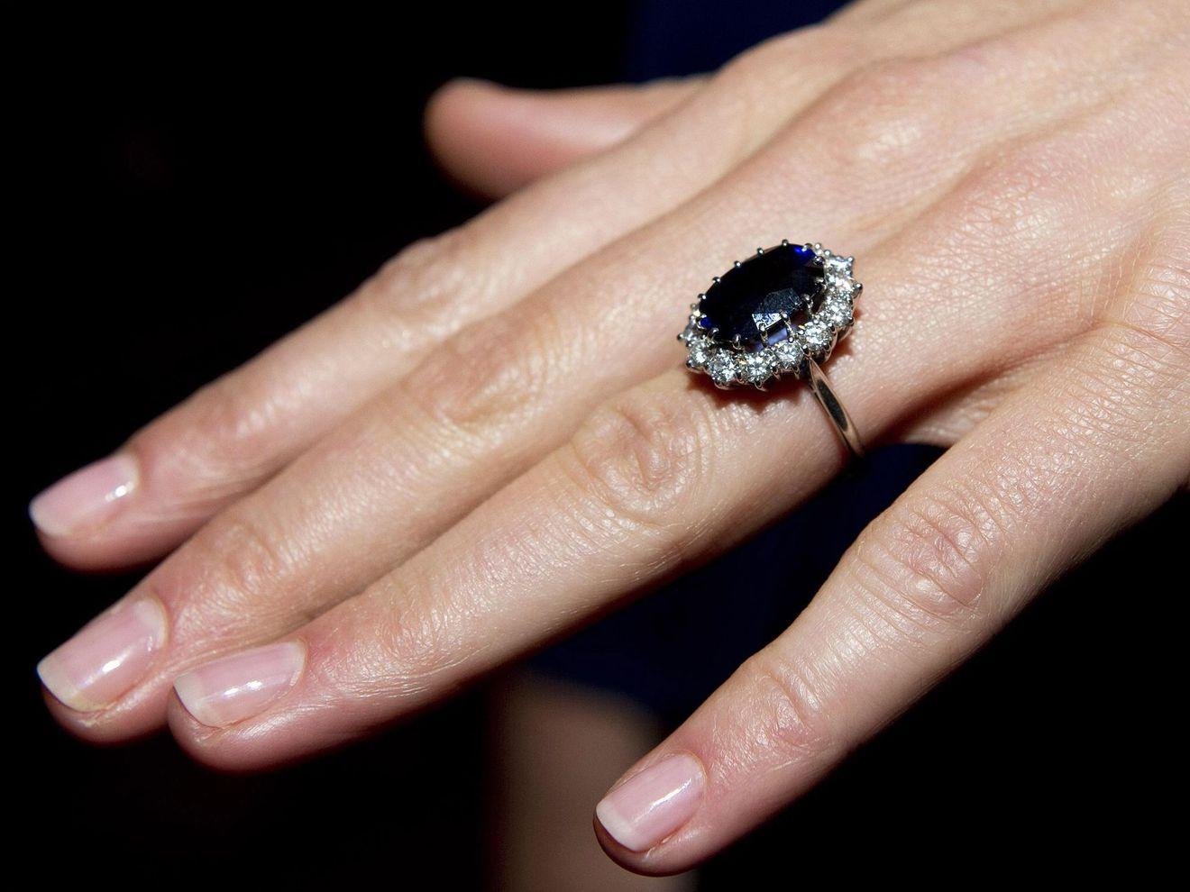 Tout Savoir Sur La Bague De Fian 231 Ailles De Kate Middleton