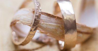 alliances mariés mariage accessoires